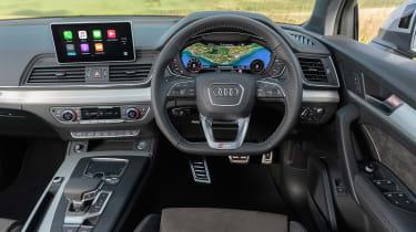 Audi Q5 S Line TFSI - interior