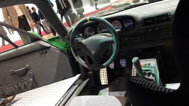 Ruf SCR live - interior
