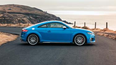 Audi TTS – side
