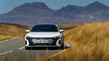 Audi e-tron GT quattro – front cornering