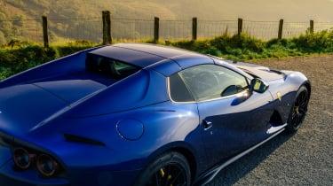 Ferrari 812 GTS TDF blue - detail roof