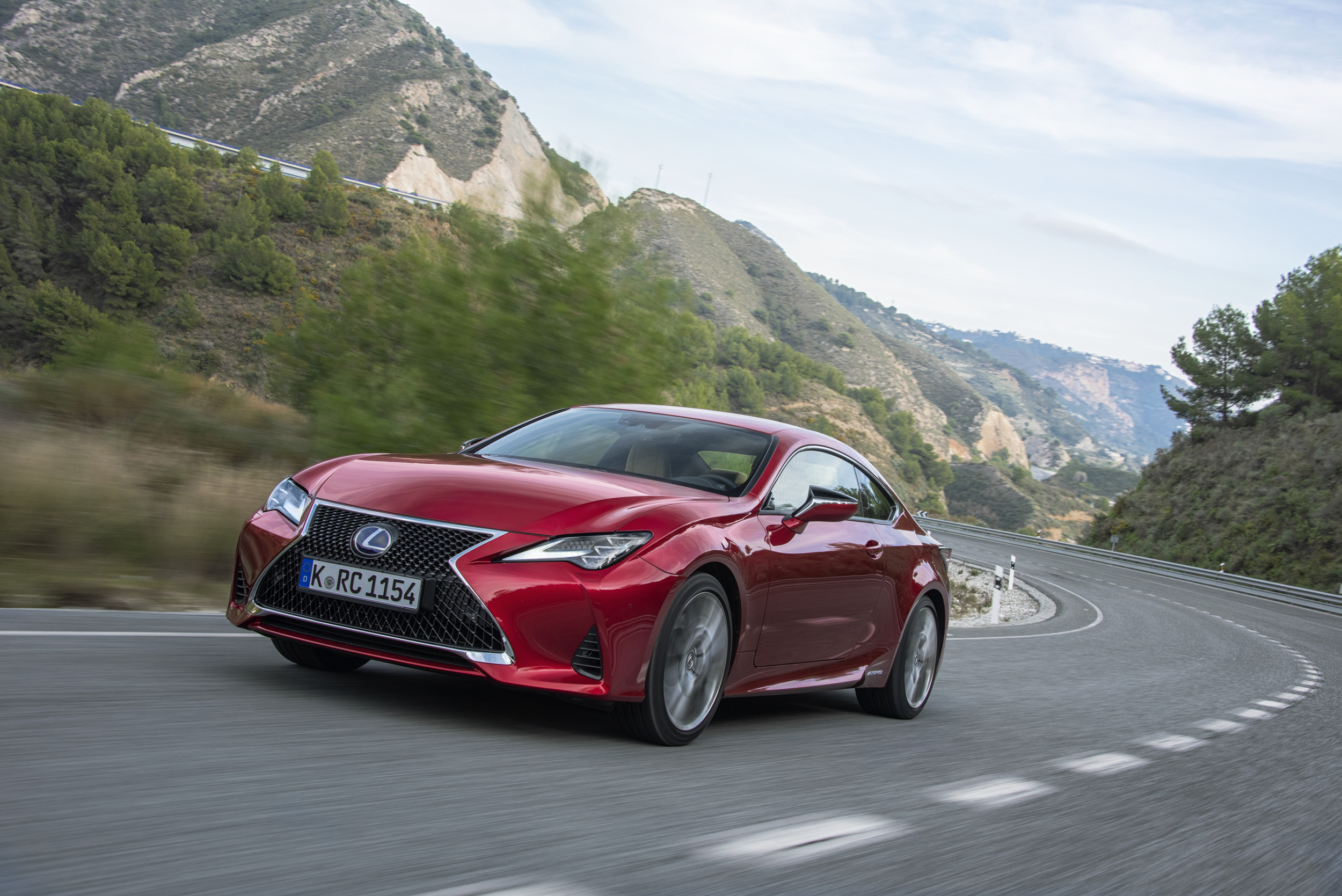 Lexus RC 300h review - how does it compare to the C-class? | Evo