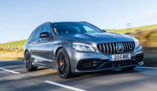 Mercedes-AMG C63 S Estate 2021 – header