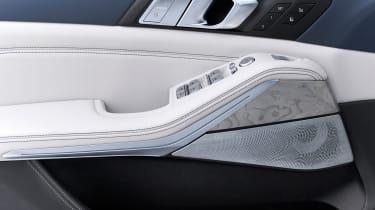 BMW X7 - buttons