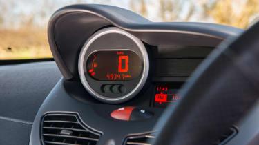 Renault Sport Twingo 133 – digital speedo