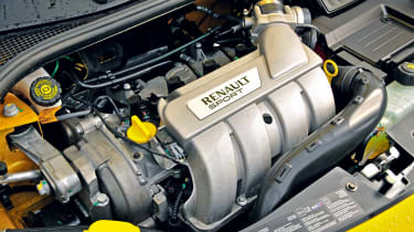 Renault Sport Clio 200 – engine