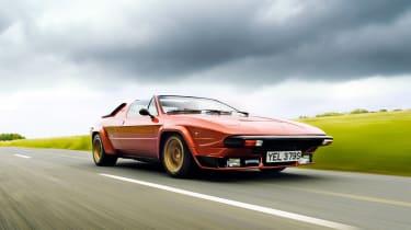 Lamborghini Silhouette - front driving shot