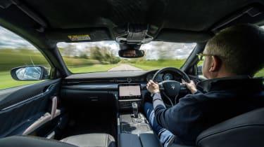 Maserati Quattroporte Trofeo – int driving