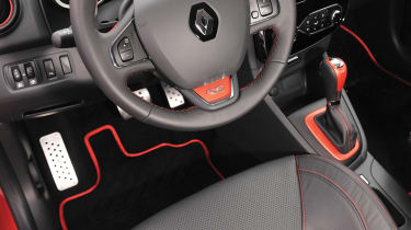 Renaultsport Clio 200 Turbo interior and steering wheel