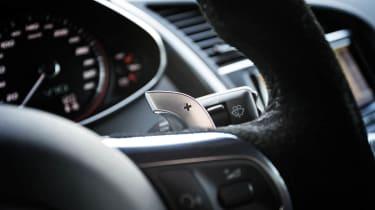 2013 Audi R8 V10 Plus steering wheel paddle