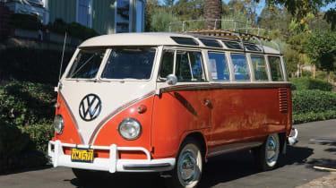 VW Microbus – front quarter