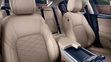 Jaguar XE facelift - seats