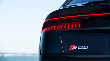 Audi SQ8 TFSI 2021 – rear light
