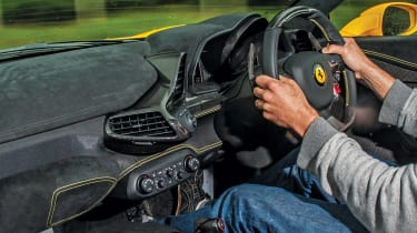 Porsche GT3, Ferrari, McLaren group - 458