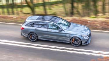 Mercedes-AMG C63 S Estate 2021 – pan