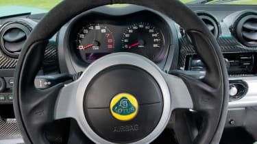 Lotus Elise Cup 250 - Steering wheel