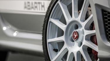 Abarth 595 Esseesse wheel