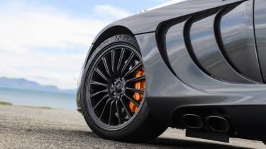 Mercedes SLR McLaren - side detail