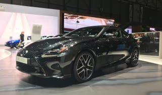 Lexus RC300h F Sport Black Edition – front quarter
