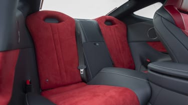 Lexus LC500 MY21 - rear seats