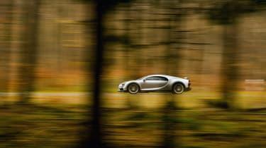 eCoty Bugatti Chiron - side