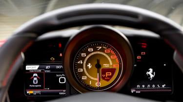 Ferrari F8 Tributo – dials