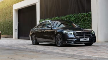 Mercedes S-class – front quarter static