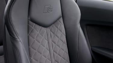 Audi TT S seat