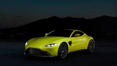 evo exclusive Aston Martin Vantage - green front quarter