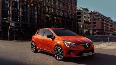 Renault Clio exterior - front quarter