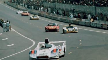 Porsche 936/77-001