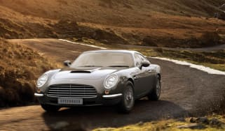 David Brown Speedback GT apes Aston DB5