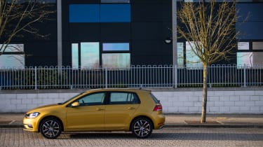 Volkswagen Golf side static