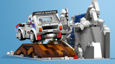LEGO Lancia Delta S4 - rear