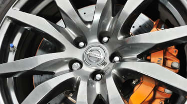 2012 Nissan GT-R alloy wheel