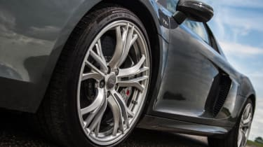 Audi R8 Plus alloy wheel