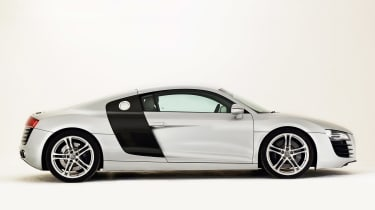 Audi R8 side profile