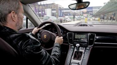 Porsche Panamera V6 driving pic