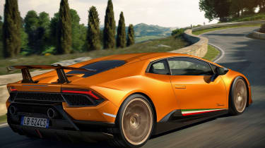 Lamborghini Huracan Performante - rear tracking
