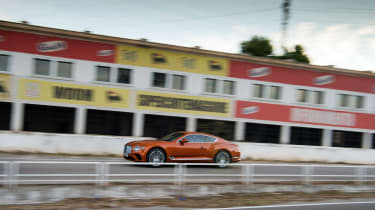 Bentley Continental GT review – pan