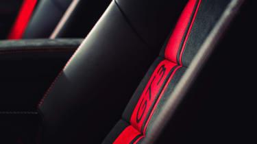 2017 Porsche 911 GT3 - seat