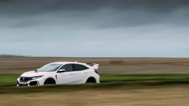 eCoty Honda Civic Type R - front dynamic