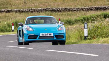 Porsche 718 Cayman T and Alpine A110