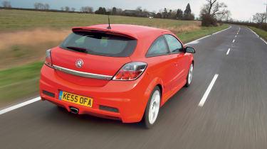 Vauxhall Astra VXR - Fast Fleet | Evo