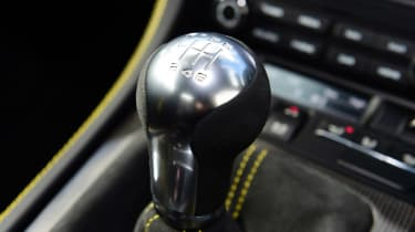 Porsche 718 Cayman GT4 transmission