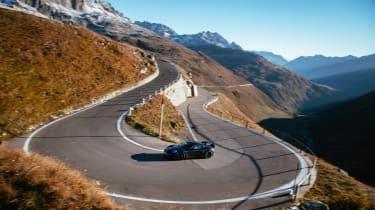 Porsche 718 Cayman GT4 RS proto –hairpin