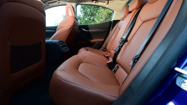 Maserati Ghibli S – second row seats