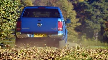 VW Amarok V6 - rear driving