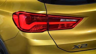 BMW X1 M Sport X - lights