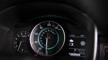 Suzuki Ignis dials